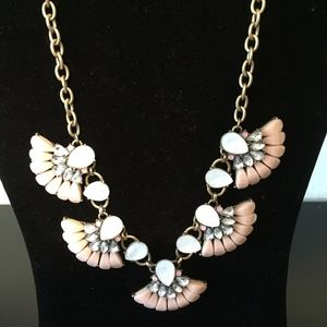 Short Statement Necklace. Add this to your bundle!
